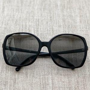 CHANEL CC Logo 5204 Oversized Sunglasses